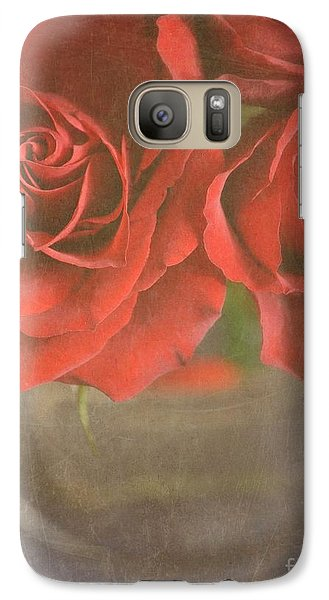 Galaxy Case featuring the photograph Scarlet Roses by Lyn Randle
