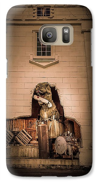 Whitehouse Galaxy S7 Case - Scary Dinosaurs At Top Secret In Wisconsin Dells. by Art Spectrum