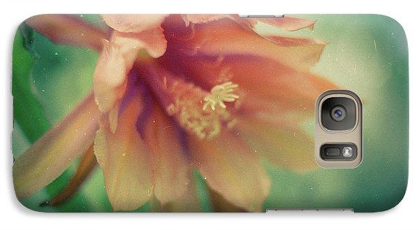 Galaxy S7 Case featuring the photograph Secret Garden by Ana V Ramirez