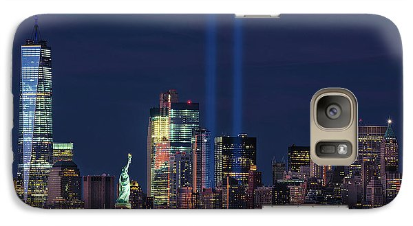 Galaxy Case featuring the photograph September 11tribute In Light by Emmanuel Panagiotakis
