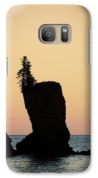 Galaxy Case featuring the photograph Shovel Point On Lake Superior by Heidi Hermes