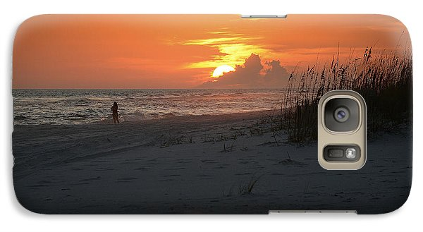 Galaxy Case featuring the photograph Sinking Into The Horizon by Renee Hardison