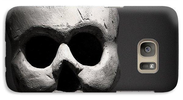 Smithsonian Museum Galaxy S7 Case - Skull by Joseph Skompski