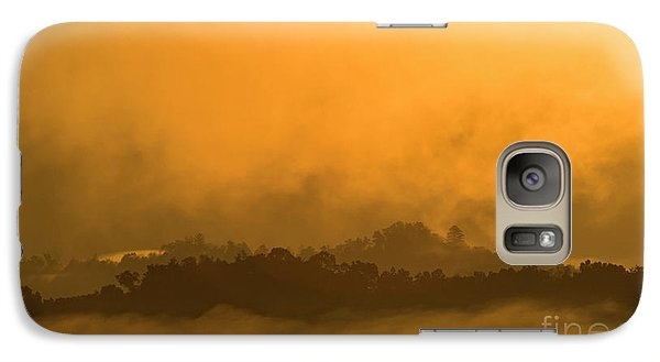Galaxy Case featuring the photograph sland in the Mist - D009994 by Daniel Dempster