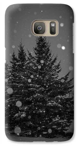 Galaxy Case featuring the photograph Snow Flakes by Annette Berglund