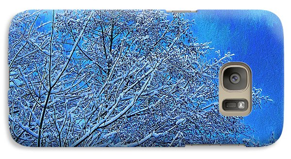 Galaxy Case featuring the photograph Snow On Branches Photo Art by Sharon Talson