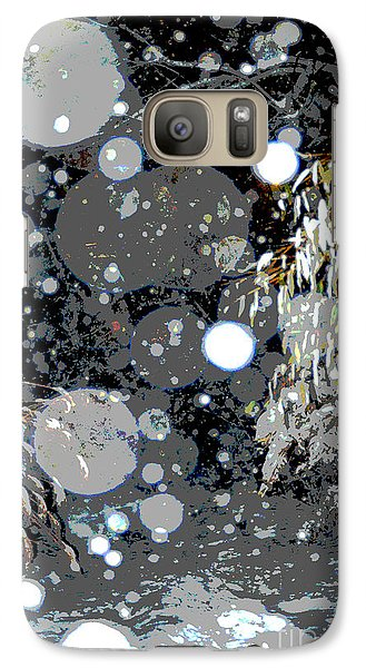 Galaxy Case featuring the photograph Snowfall Deconstructed by Li Newton