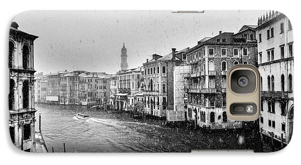Galaxy Case featuring the photograph Snowy Day In Venice by Yuri Santin
