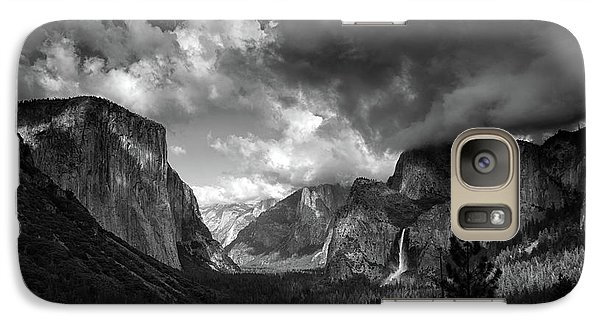 Storm Arrives In The Yosemite Valley Galaxy S7 Case