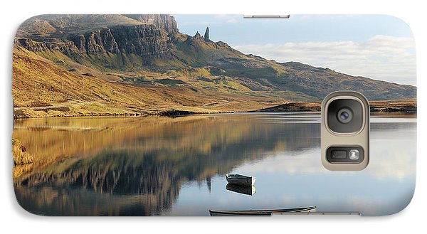 Galaxy Case featuring the photograph Storr Reflection by Grant Glendinning