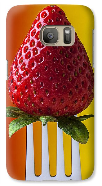 Strawberry On Fork Galaxy S7 Case by Garry Gay
