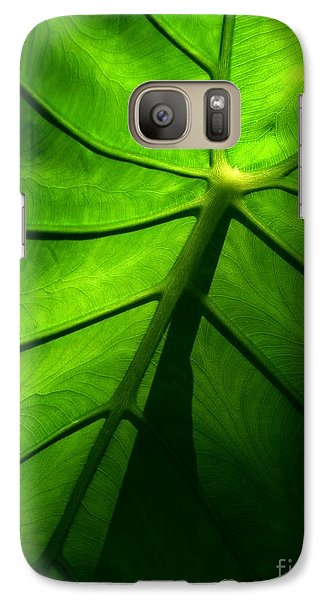 Galaxy Case featuring the photograph Sunglow Green Leaf by Patricia L Davidson