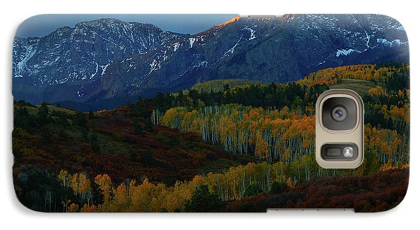 Galaxy Case featuring the photograph Sunrise At Dallas Divide During Autumn by Jetson Nguyen