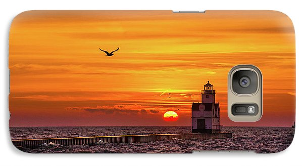 Galaxy S7 Case featuring the photograph Sunrise Solo by Bill Pevlor