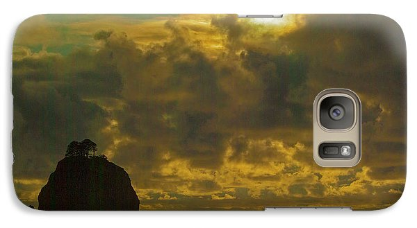 Galaxy Case featuring the photograph Sunset At Jones Island by Dale Stillman