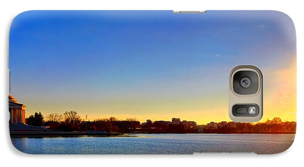 Sunset Over The Jefferson Memorial  Galaxy S7 Case by Olivier Le Queinec