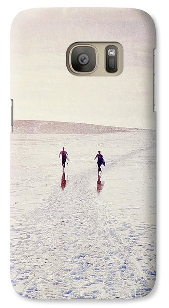 Galaxy Case featuring the photograph Surfers In The Snow by Lyn Randle