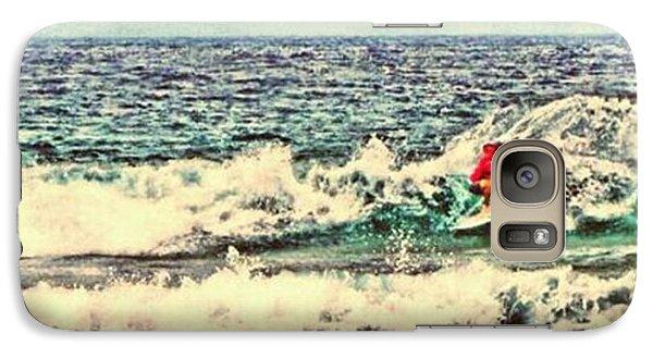 People On The Wave Galaxy Case by Daisuke Kondo