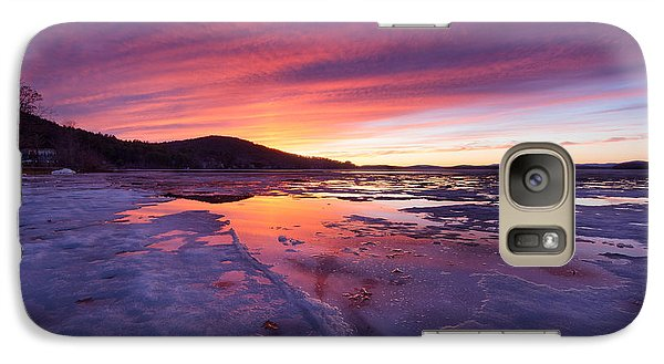 Galaxy Case featuring the photograph T H A W by Robert Clifford