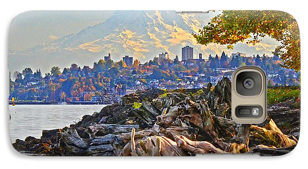 Galaxy Case featuring the photograph Tacoma In The Fall by Jack Moskovita
