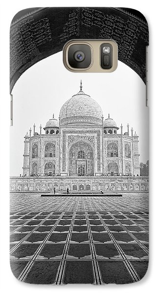 Galaxy Case featuring the photograph Taj Mahal - Bw by Stefan Nielsen