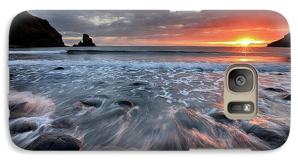 Galaxy Case featuring the photograph Talisker Bay Rocky Sunset by Grant Glendinning