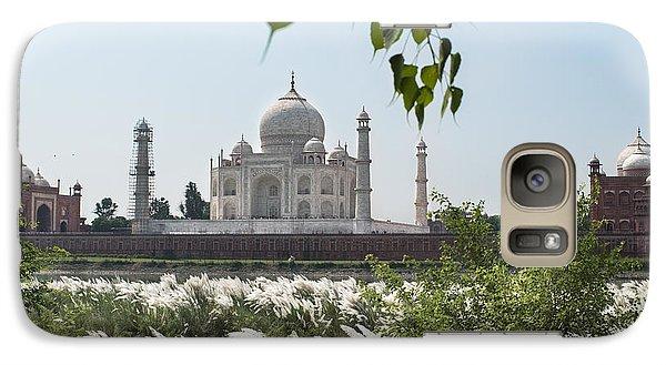 The Calm Behind The Taj Mahal Galaxy S7 Case