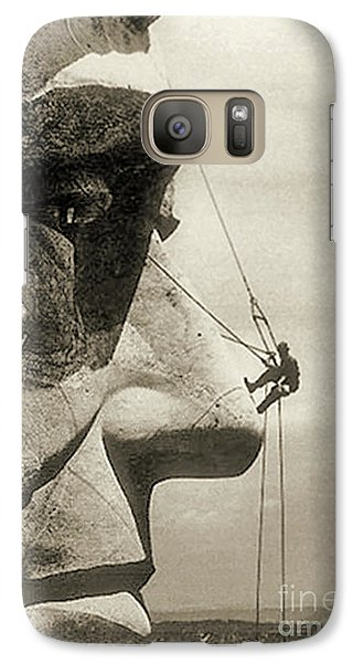 The Construction Of The Mount Rushmore National Memorial, Detail Of Abraham Lincoln,1928  Galaxy S7 Case