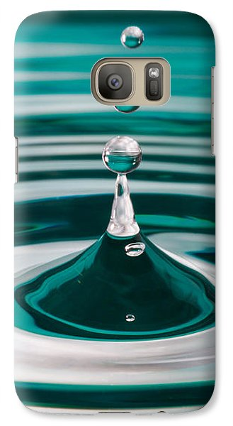 Galaxy Case featuring the photograph The Drop by Yvette Van Teeffelen
