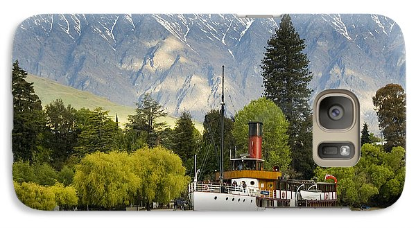 Galaxy Case featuring the photograph The Earnslaw by Werner Padarin