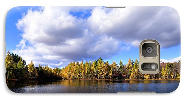 Galaxy S7 Case featuring the photograph The Golden Forest At Woodcraft by David Patterson