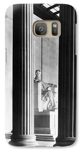 The Lincoln Memorial Galaxy Case by War Is Hell Store