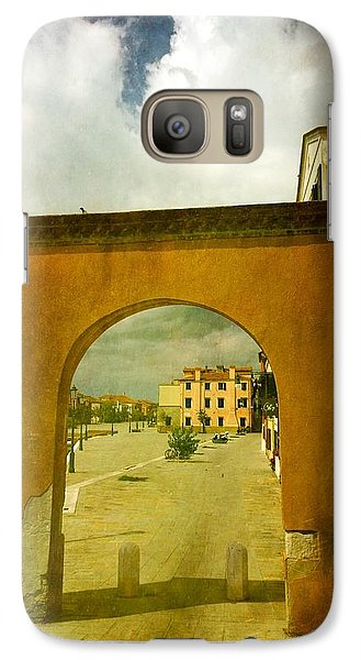 Galaxy Case featuring the photograph The Red Archway by Anne Kotan