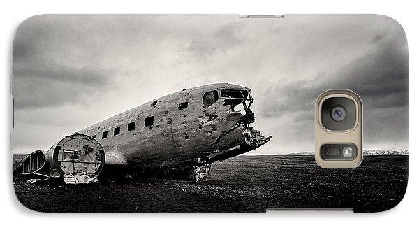 Airplanes Galaxy S7 Case - The Solheimsandur Plane Wreck by Tor-Ivar Naess