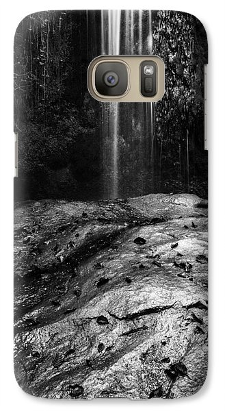 Galaxy Case featuring the photograph To Fall by Yuri Santin