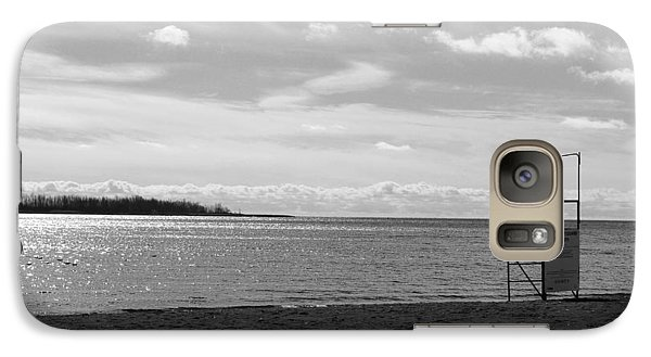 Galaxy Case featuring the photograph Toronto Winter Beach by Valentino Visentini