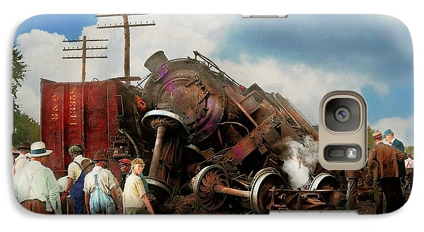 Galaxy Case featuring the photograph Train - Accident - Butting Heads 1922 by Mike Savad