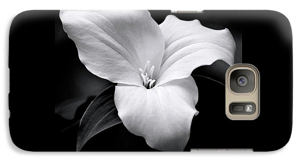 Galaxy S7 Case featuring the photograph Trillium Black And White by Christina Rollo