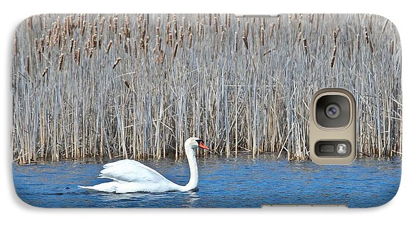 Galaxy Case featuring the photograph Trumpeter Swan 0967 by Michael Peychich