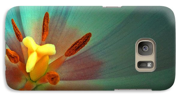 Galaxy Case featuring the photograph Tulip Trends by Gwyn Newcombe