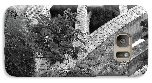 Galaxy Case featuring the photograph Under The Henry Avenue Brudge by Bill Cannon