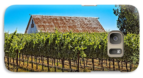Vines And Barn Galaxy S7 Case by Kim Wilson
