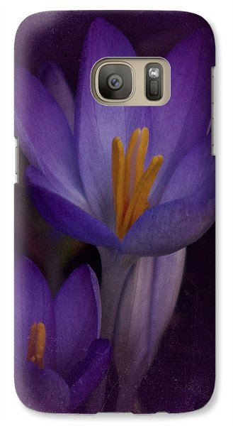 Galaxy Case featuring the photograph Vintage Crocus 2017 by Richard Cummings