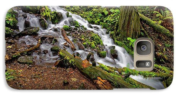Galaxy Case featuring the photograph Wahkeena Falls by Jonathan Davison