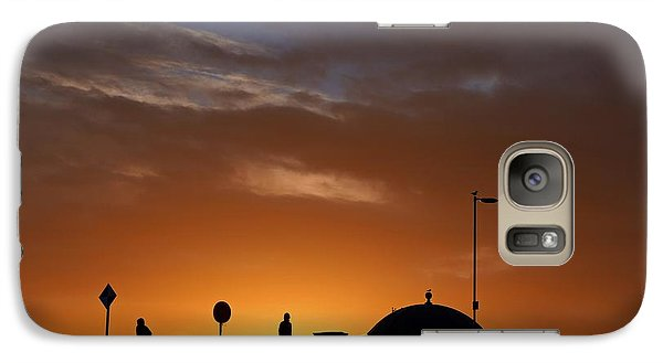 Galaxy Case featuring the photograph Walking At Sunset by Les Bell