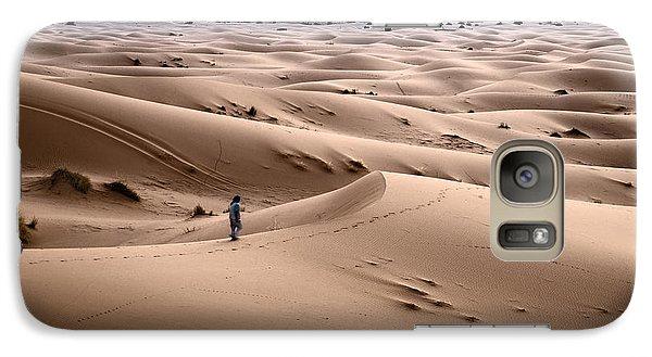 Galaxy Case featuring the photograph Walking The Desert by Yuri Santin