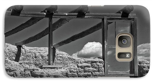 Galaxy Case featuring the photograph Winddow View by Carolyn Dalessandro