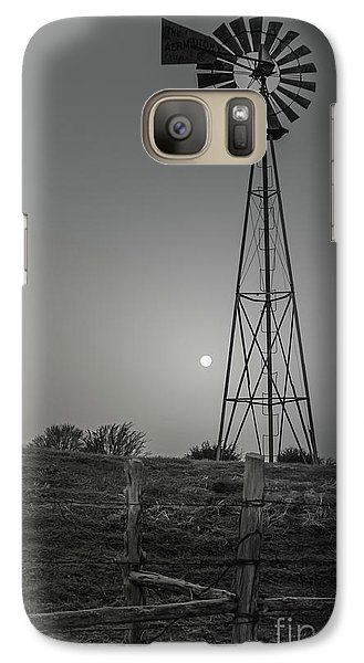 Galaxy Case featuring the photograph Windmill At Dawn by Robert Frederick