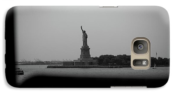 Galaxy Case featuring the photograph Window To Liberty by David Sutton