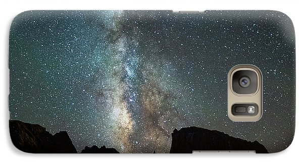 Galaxy Case featuring the photograph Wonders Of The Night by Darren White